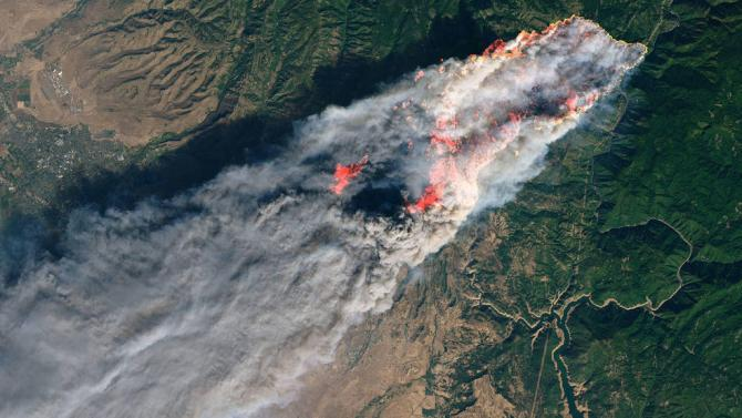 An image of the Camp Fire on Nov. 8 from the Landsat 8 satellite. Credits: USGS/NASA/Joshua Stevens
